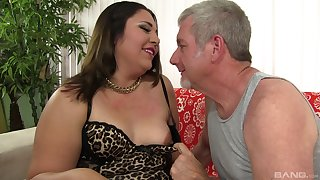 Mature BBW Gia Star gets pounded fast by an older guy