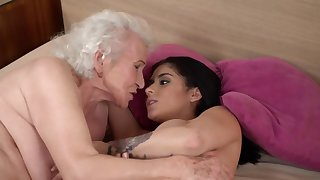 Busty widely applicable shows old partner skill in licking assholes
