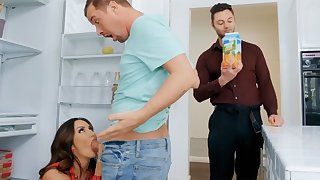 Wife's broad in the beam tits seduced nanny to fuck hardcore