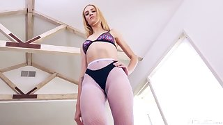 Danny Lashings licks and fucks anal hole of naughty hottie Mazzy Grace