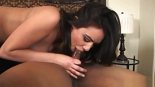Hot wife gets a black pecker