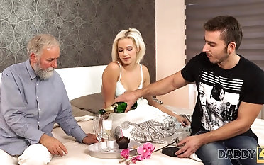 Beautiful blonde embarks morning sex with handsome daddy