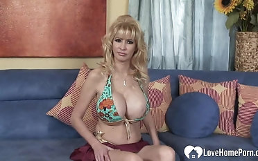 Awesome MILF loves to ride his boner