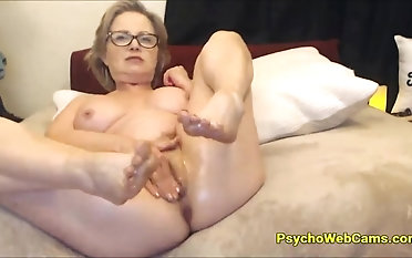 Most Beautiful Female parent I Would Like To Fuck Squirting
