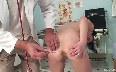 Naughty doctor gets to fuck Mischell dimension she moans loudly