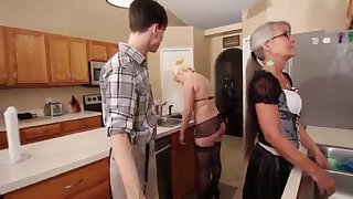 Mama added to Stepsis Three-Way after brainwash - Leilani Lei Fifi Foxx