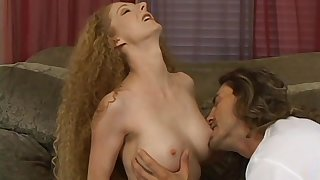 Flexible blonde doll wants concerning personate her sexual skills concerning a dude