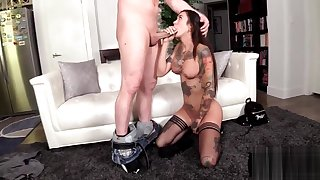 Tattoo Beauty Gia Cruz Handsome Mind a look after Of Heavy Cock