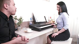 Lewd office whore Felicia is always get-at-able to give a up to snuff blowjob