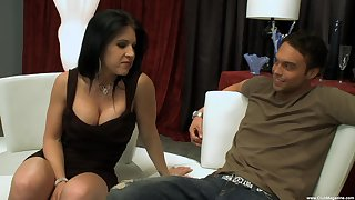 Mature mommy Kendra Secrets craves for sex with a younger suitor